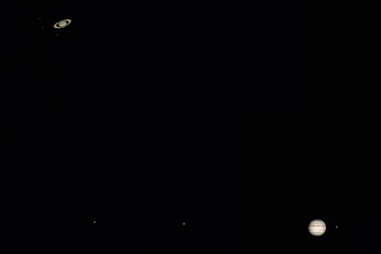 """Titul Česká astrofotografie měsíce za prosinec 2020 získal snímek """"Konjunkcia Jupitera a Saturnu"""""""
