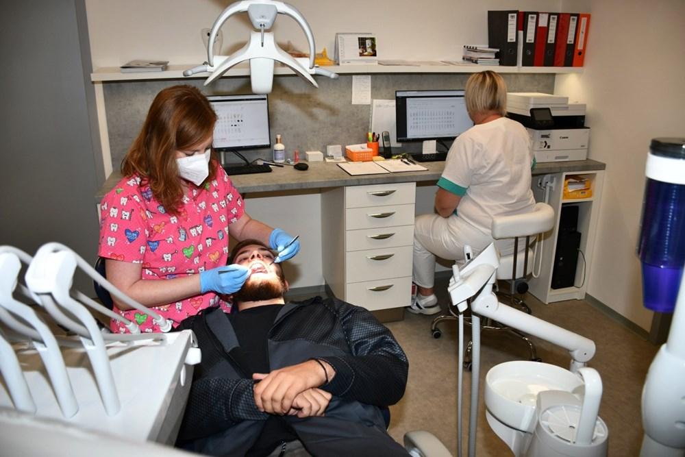 Do zubní ordinace v Horním Benešově, kterou provozuje krnovská nemocnice, nastoupila zubařka Klára Sobotková.