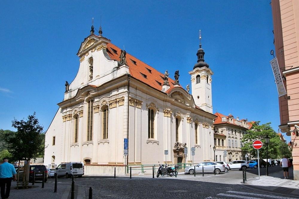 Kostel svatých Šimona a Judy na Starém Městě v Praze.