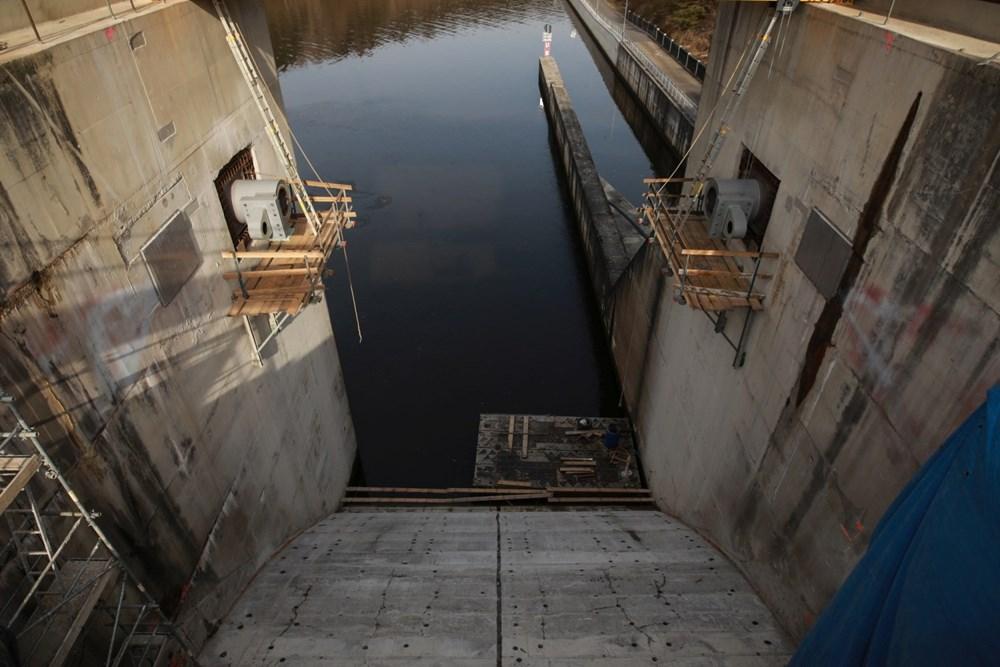 Nejzajímavější část rekonstrukce nelze vidět - odehrává se pod vodní hladinou.