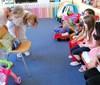 Děti se se zdravotním klaunem setkávají v Nemocnici Pelhřimov on-line