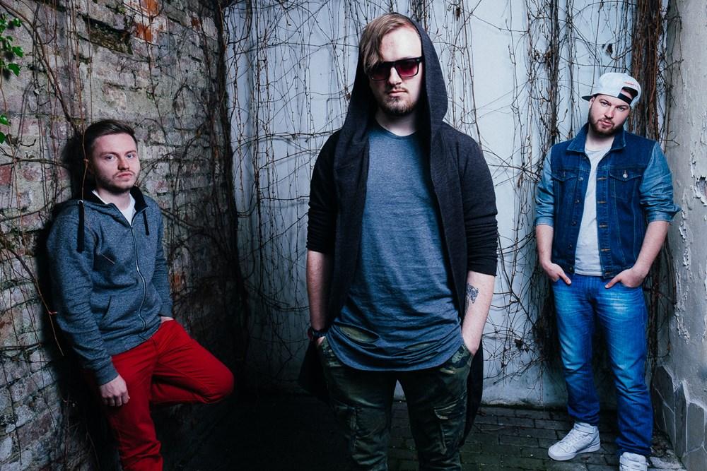 Na koncertě vystoupí také vystoupí také kapela Poetika.