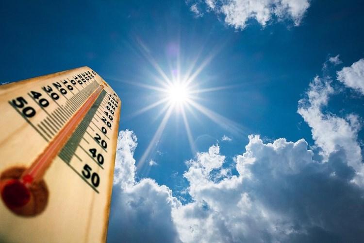 Nemůžete v létě spát kvůli vedru v interiéru? Problém může být ve střeše!