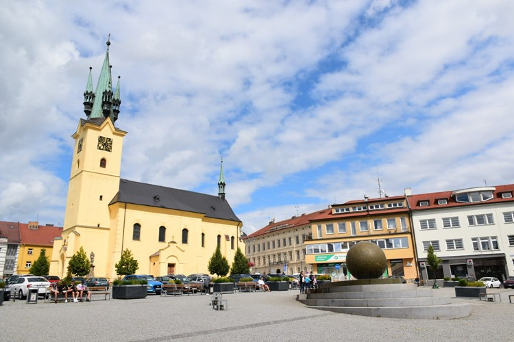 Náměstí T. G. Masaryka v Příbrami opět přivítá trhovce, farmářské trhy budou i nadále na Dvořákově nábřeží