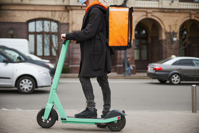 Strážníci českobudějovické městské policie se stále zaměřují na kontroly cyklistů i jezdců na elektrokoloběžkách