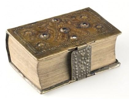Výstava odkrývá taje a umění knihařského řemesla