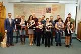 V Rožnově přivítali 14 nových občánků, znovu bylo více kluků