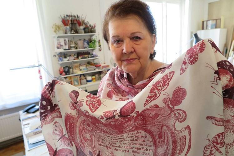Hedvábná výstava v Paláci YMCA v Praze ukáže i dárek pro královnu