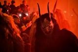 Židlochovicemi projdou praví, pekelní čerti. Děti se mohou projít pekelným koridorem