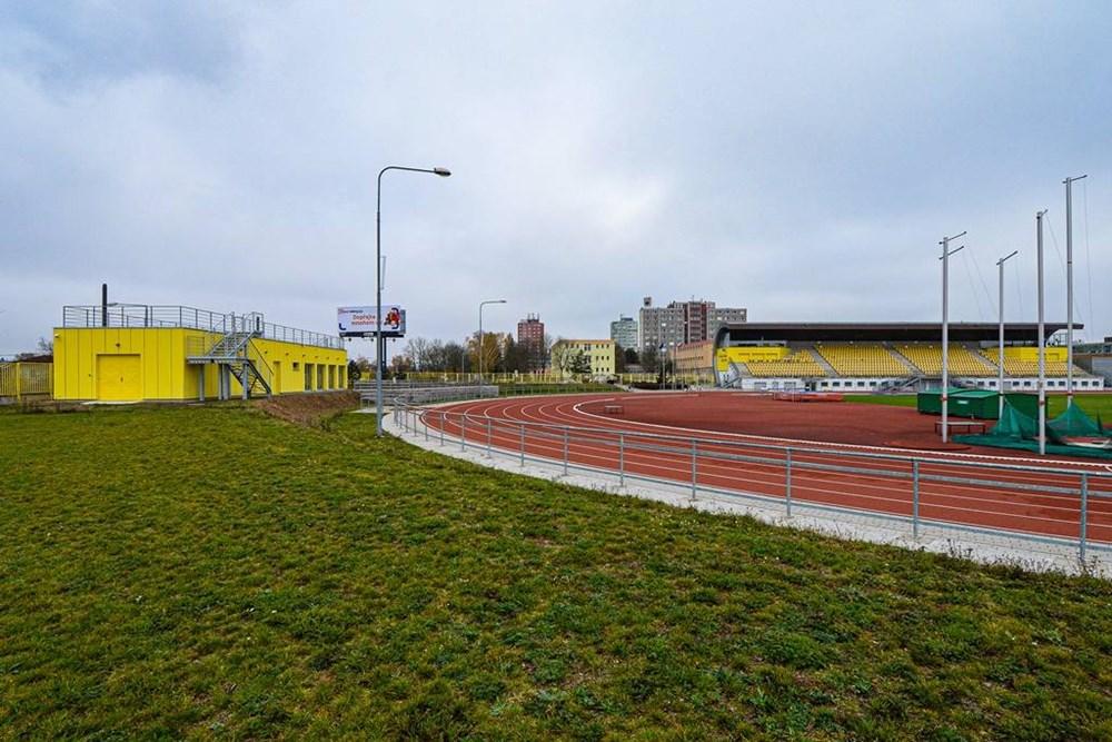 Popis: Plzeň vybudovala nové zázemí na svém stadionu ve Skvrňanech