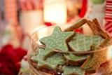Malým pacientům dětské kliniky Fakultní nemocnice Olomouc opět pomůžou vánoční hvězda a věncování