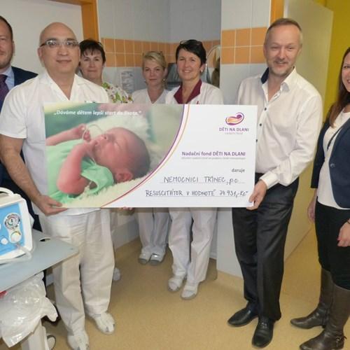 Nemocnice Třinec dostala nový resuscitační přístroj pro předčasně narozené děti