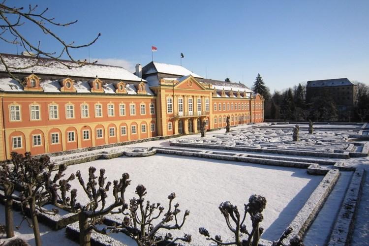 Na zámku Dobříš se v sobotu 7. prosince uskuteční Vánoční trh