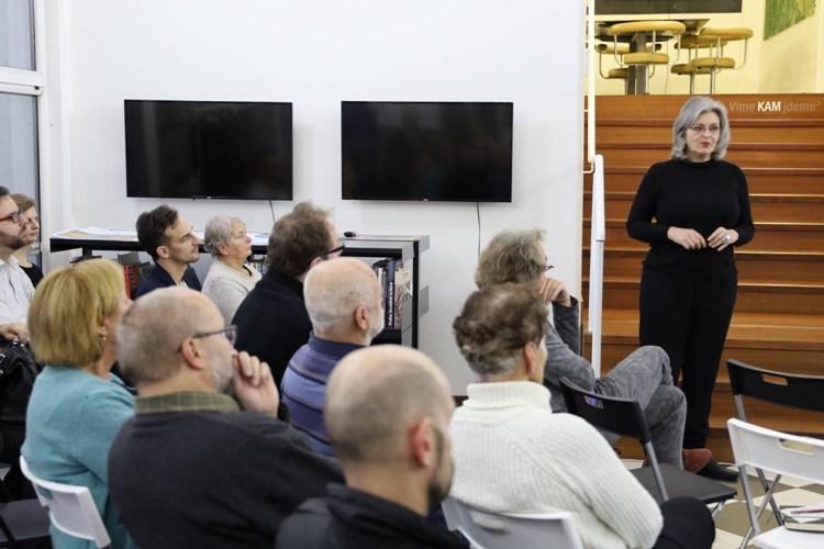 Keramická škola bude. O možnostech rekonstrukce diskutovali odborníci s veřejností