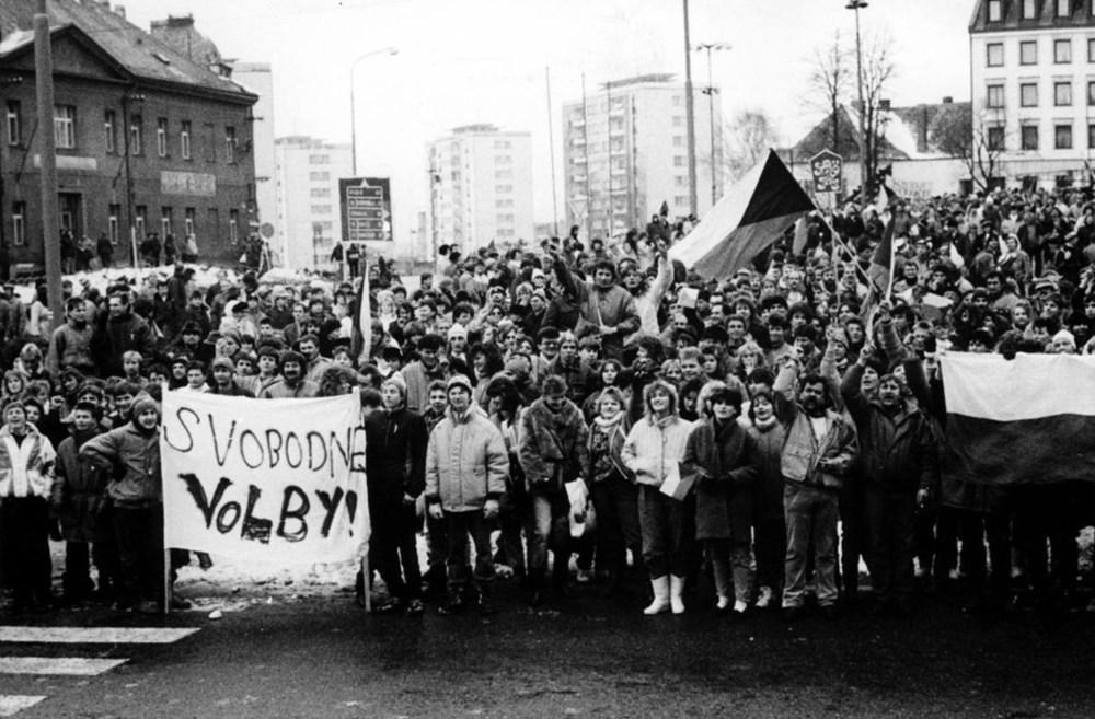 Popis: Výstava 17. listopad 1939 a 1989 na Příbramsku.