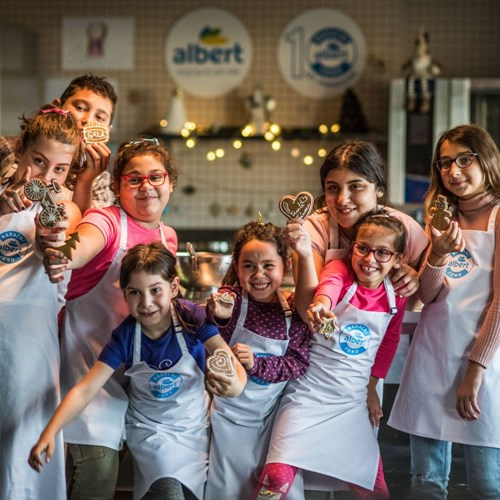 Vánoční Obchůdky s Albertem pomohou dětem z dětských domovů v Praze a ve Středočeském kraji