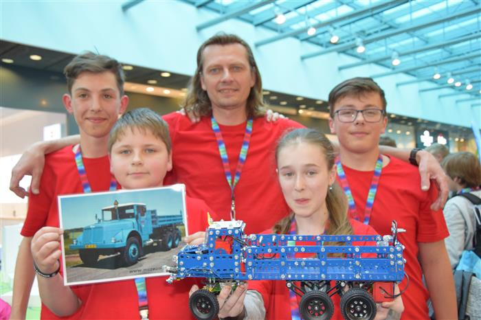 Nejlepší model Tatry postavili žáci ze základní školy v Náměšti nad Oslavou
