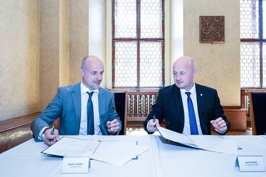 Plzeň podpoří triatlonovou a házenkářskou akademii