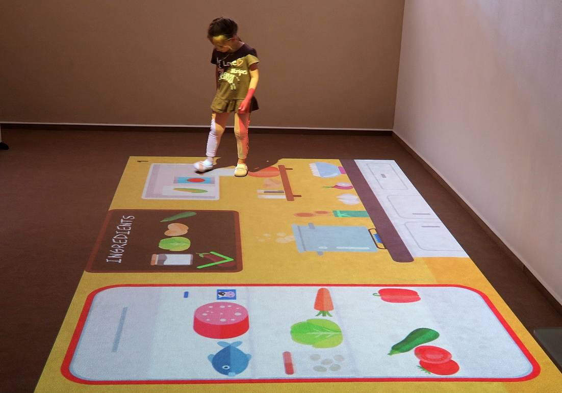 Handicapovaným dětem pomáhá zlepšit jejich motorické schopnosti virtuální zařízení