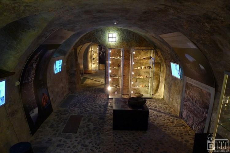 Archeologické muzeum Šatlava vás seznámí poutavou formou s obdobím středověku