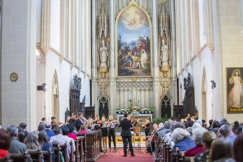 Slavnostní koncert v Kroměříži zahájil sezónu Otevřených bran