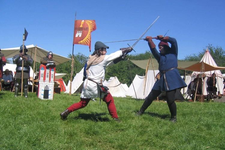 Na Lipské hoře se rozzuří rekonstrukce Bitvy u Lipan. Uvidíte i ukázku palných zbraní