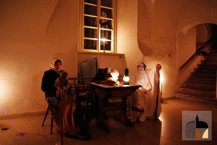 Navštivte zámecké komnaty za svitu svíček