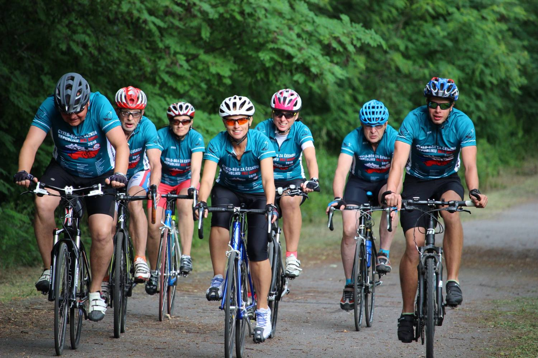 Trasa cyklo-běhu je dlouhá 1100 kilometrů. Vede přes 39 měst. Upozorní na drogovou negramotnost mládeže