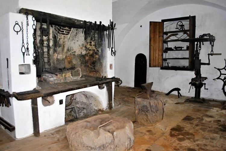 Zemanova kovárna, židovské památky i návštěva zámku. V Holešově můžete zažít pestrý den