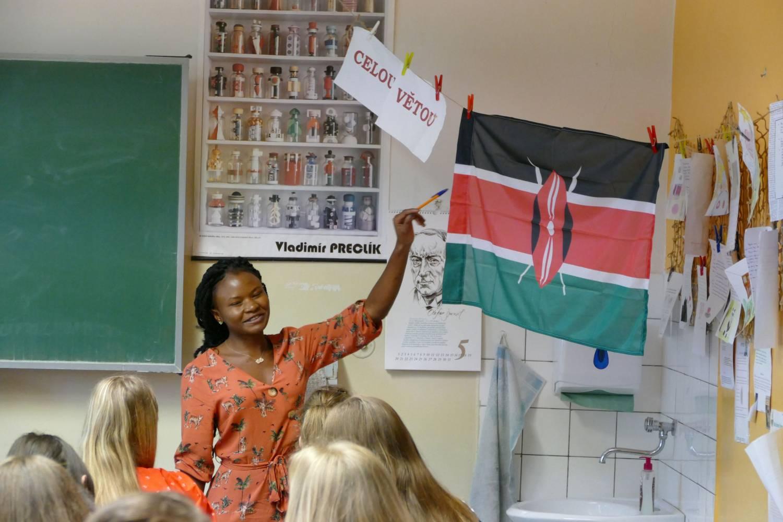 Studenti z Nikaraguy či Zambie učili žáky ze ZŠ SNP