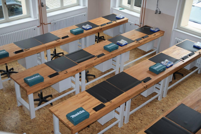 Primátor a ministr průmyslu a obchodu otevřeli unikátní školní laboratoř