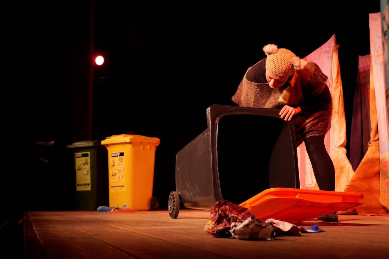 Talentované psí štěně Balynka bude dál učit třídit odpad