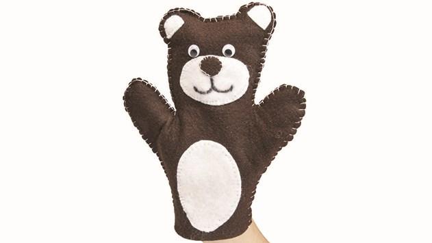 Muzeum Náchodska zve všechny zručné děti. Ušijí si maňáska medvídka