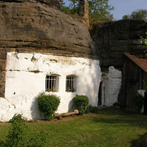 Regionální muzeum Mělník – Skalní obydlí