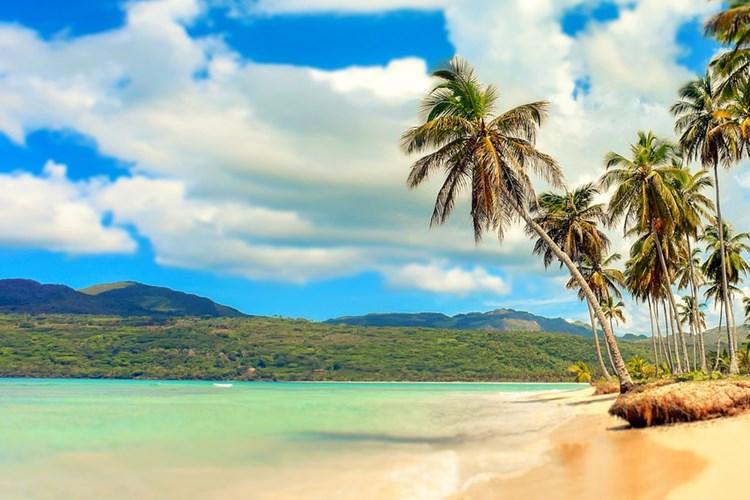 Vypravte se během jediného večera na prosluněné pláže Karibiku