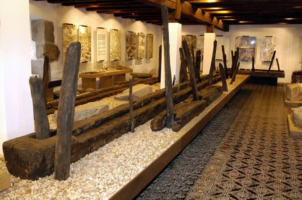 Popis: Zlato v Pootaví je stálou expozicí Prácheňského muzea v Písku.