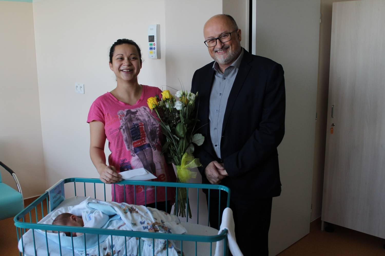 První letošní miminko narozené v Českých Budějovicích se jmenuje Alexandr