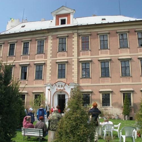 Barokní zámek Líčkov