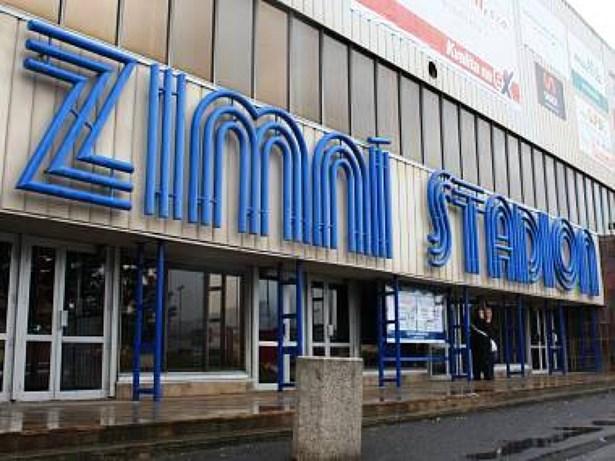 Popis: Zimní stadion v Děčíně.