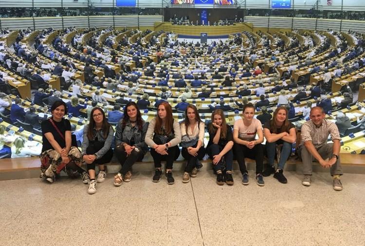 Středočeští středoškoláci mohou v Eurokvízu soutěžit o cestu do Bruselu