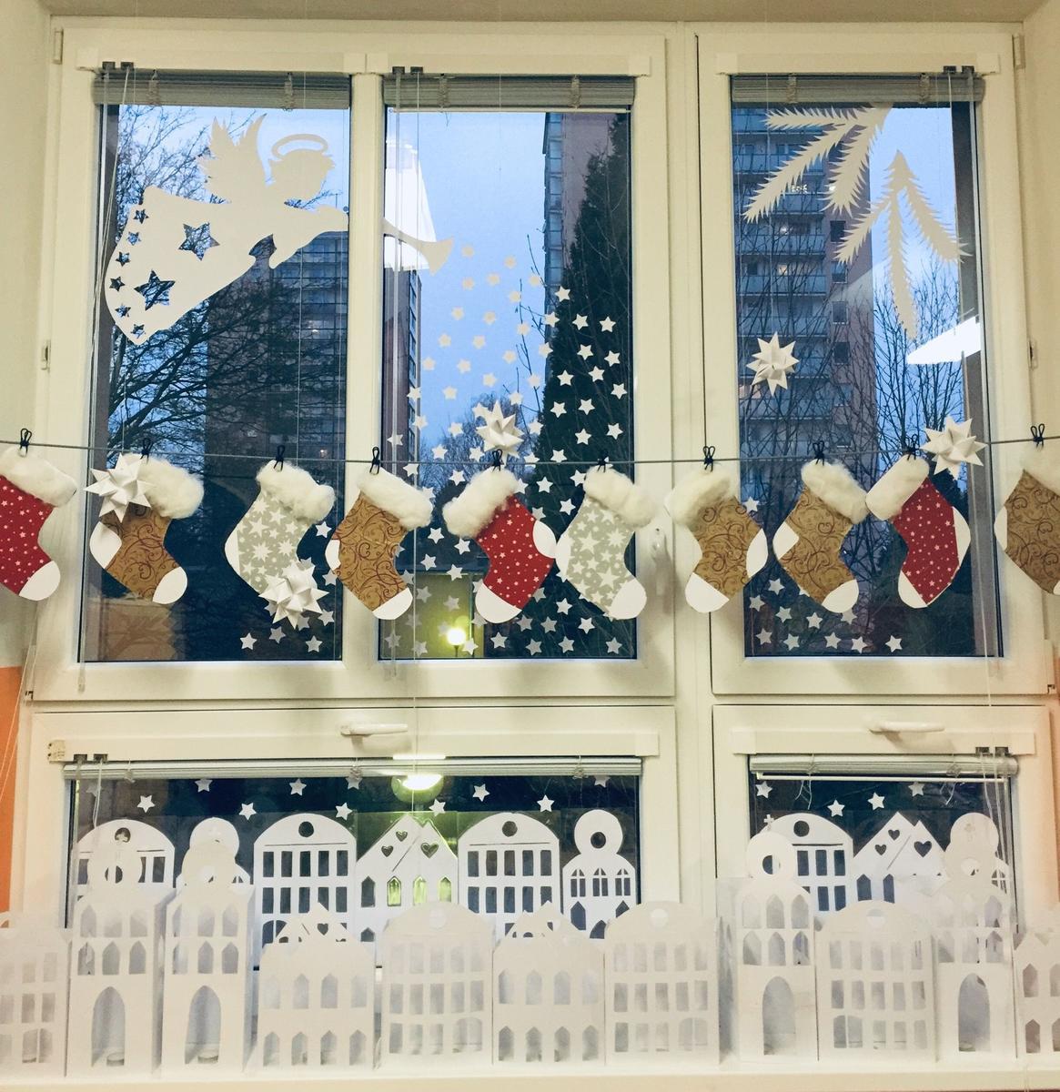 Nejhezčí vánoční okno měla družina ZŠ Truhlářská