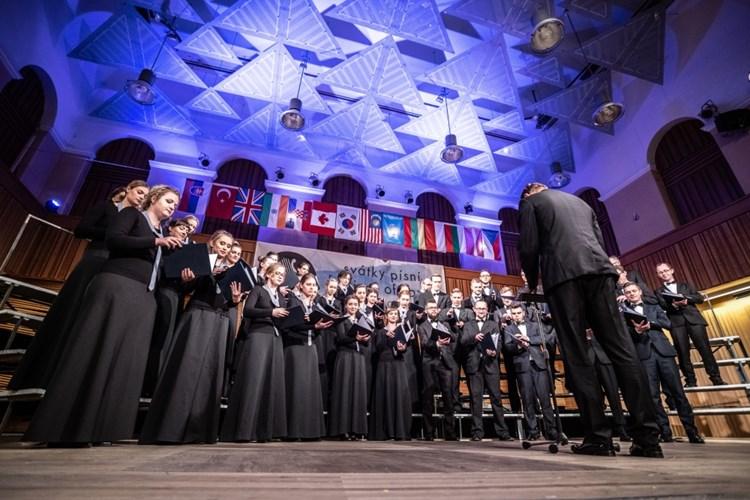 Festival Svátky písní znovu otvírá svoje brány a zve na největší sborovou akci v České republice