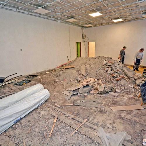 V bohumínské škole pokračují s opravami po loňském požáru
