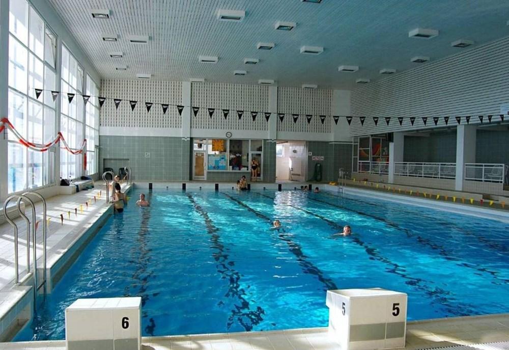 Plavecký bazén v Městských lázních v Prostějově.