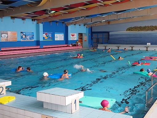 Krytý bazén Aquacentra Šumperk.