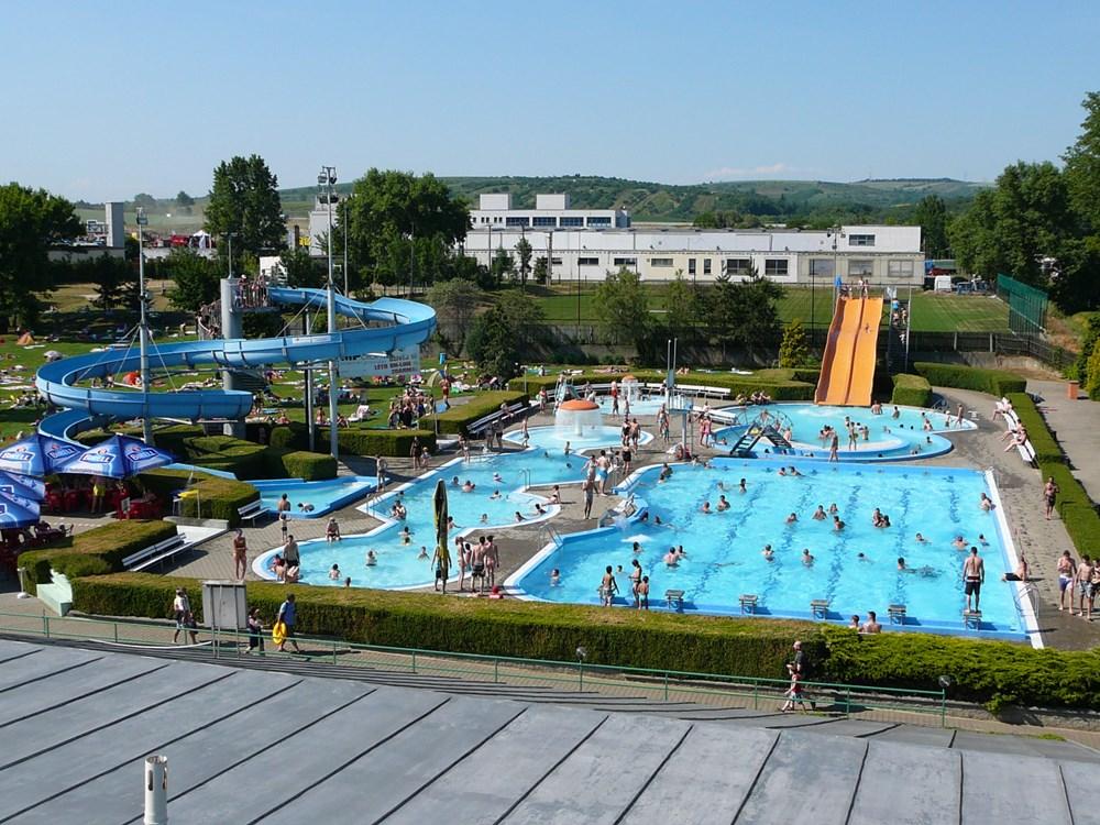 Letní koupaliště v Hustopečích.