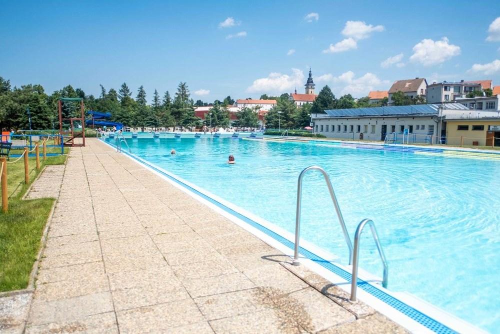 Letní koupaliště v Moravských Budějovicích.