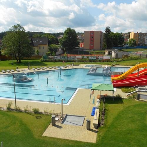 Plavecký bazén a koupaliště Tachov