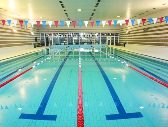 Plavecký bazén Sportovního centra v Nymburku.