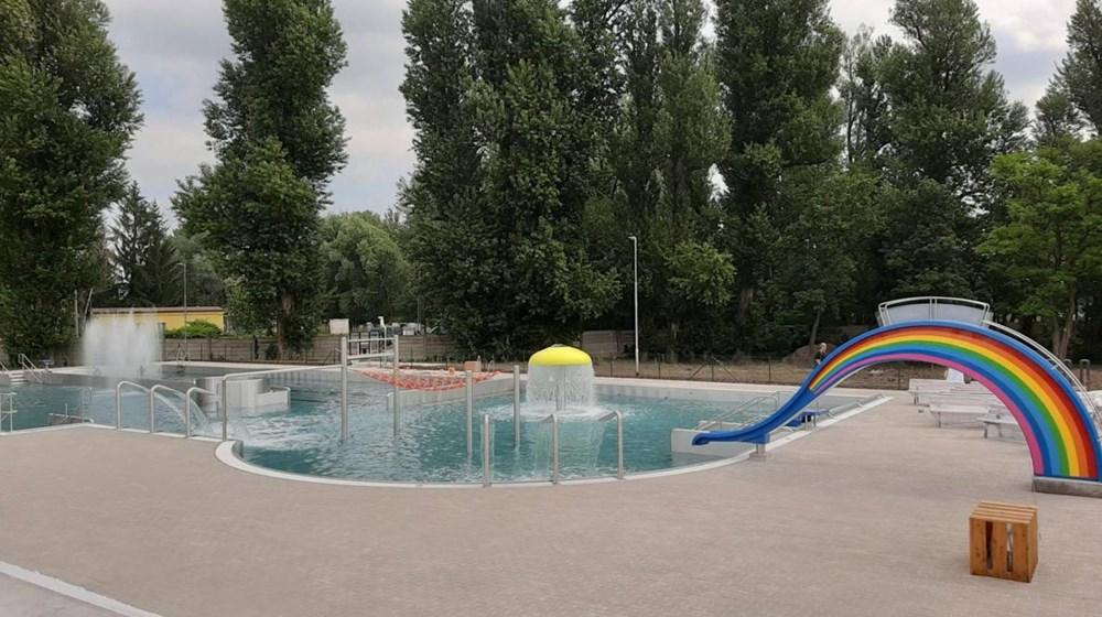 Neratovické letní koupaliště.